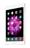Zilveren die iPadlucht 2 van Apple met iOS 8, door Apple Inc wordt ontworpen Stock Foto's