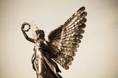 Zilveren engelenstandbeeld Royalty-vrije Stock Foto
