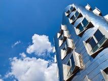 Zilveren Gehry Bauten in Duitsland in Duesseldorf, hier het witte gebouw royalty-vrije stock fotografie