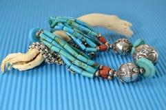Zilveren halsband met turkoois Royalty-vrije Stock Foto