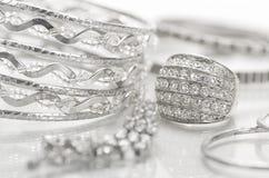 Zilveren juwelen Stock Foto's