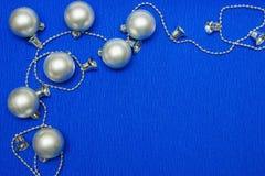 zilveren Kerstmisballen Royalty-vrije Stock Afbeeldingen