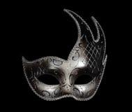Zilveren klassiek Venetiaans masker op zwarte Stock Foto