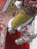 Zilveren knopen op een volks Sardisch kostuum stock illustratie