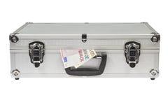 Zilveren Koffer met euro geld Royalty-vrije Stock Foto's