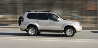 Zilveren luxe suv auto royalty-vrije stock foto's