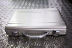Zilveren metaalaktentas Stock Afbeeldingen