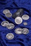 Zilveren muntstukken Stock Foto's