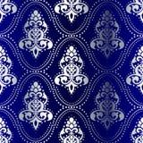 Zilveren-op-blauw naadloos Indisch patroon met punten Stock Foto's