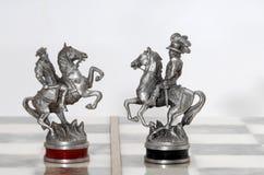 Zilveren schaakcijfers Royalty-vrije Stock Afbeelding