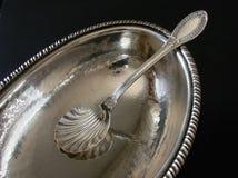 Zilveren suiker-kom stock afbeeldingen