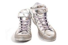 Zilveren tennisschoenen Royalty-vrije Stock Afbeelding