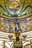 Zilveren Virgin in de hogere kerk van La Garde van Notre-Dame DE in Marseille Stock Fotografie