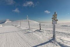 Zima krajobraz Krkonose góry z Snezka wzgórzem Piękny zima krajobraz Krkonos na słonecznym dniu Zdjęcia Stock