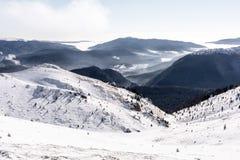 Zima krajobraz w Ciucas górach, Rumunia fotografia stock