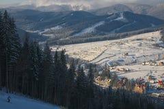 Zima kurort w Karpackich górach Fotografia Stock