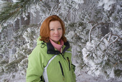 zima lasowa kobieta Zdjęcie Royalty Free