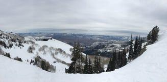 Zima majestatyczni widoki wokoło Wasatch Frontowych Skalistych gór, Brighton ośrodek narciarski blisko do Salt Lake i Heber dolin obraz royalty free