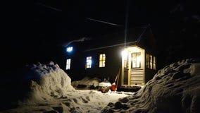Zima Malutki dom Zdjęcia Royalty Free