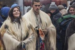 Zima maskaradowy festiwal Kukerlandia w Yambol miasteczku, Bułgaria obrazy royalty free