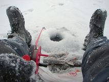 Zima połów na żerdzi Zdjęcia Royalty Free