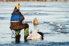 Zima połów na morzu jaskrawy słońce Obraz Royalty Free