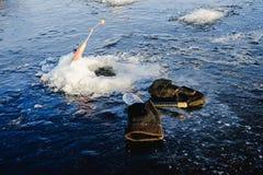 Zima połów na morzu jaskrawy słońce Zdjęcie Royalty Free
