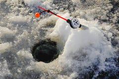 Zima połów na morzu jaskrawy słońce Zdjęcie Stock