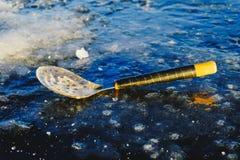 Zima połów na morzu jaskrawy słońce Obrazy Royalty Free