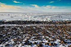 Zima połów na morzu jaskrawy słońce Zdjęcia Royalty Free