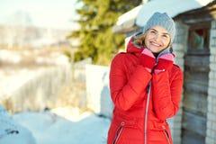Zima portret atrakcyjna kobieta Zdjęcie Stock