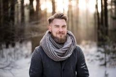 Zima spacer z kierowniczy pełnym myśli Zdjęcie Stock