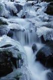 Zima strumyk zdjęcia royalty free
