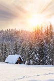 Zima wakacje dom w Slovenia alps obrazy royalty free