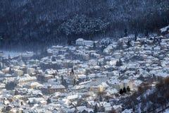 Zima widok Brasov średniowieczny miasto zdjęcia stock