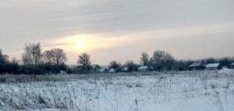 Zima świt w wiosce Zdjęcie Stock