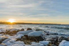 Zima zmierzch na morzu bałtyckim fotografia stock