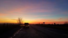 Zima zmierzch nad Wiltshire wsią Zdjęcia Royalty Free