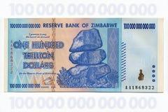 Zimbabwe - het Bankbiljet van Honderd Triljoen Dollars Royalty-vrije Stock Afbeeldingen