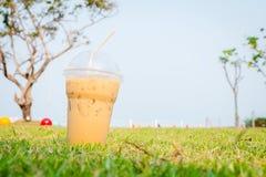 Zimna lodowa kawa w lato czasie Fotografia Stock
