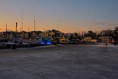 Zimna noc przy akerbrygge Oslo Obraz Stock