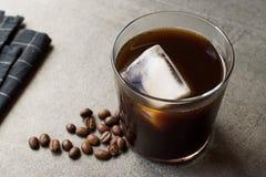 Zimna parzenie kawa z lodem fotografia royalty free