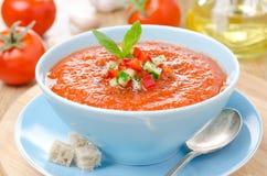Zimny pomidorowy zupny gazpacho z croutons Zdjęcia Royalty Free