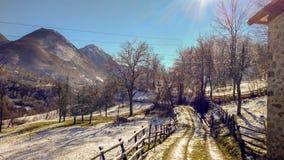 Zimny ranek w wsi fotografia stock