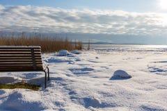 Zimy ławka Obraz Royalty Free