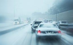 Zimy burzy ruch drogowy Zdjęcie Royalty Free