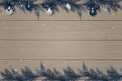 Zimy drewniany tło z świerkowymi gałąź, dekoracjami i śniegiem, Obraz Stock