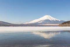 Zimy góry Fuji Yamanaka jezioro Zdjęcia Royalty Free