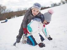 Zimy gra na świeżo snowed śniegu Zdjęcia Stock