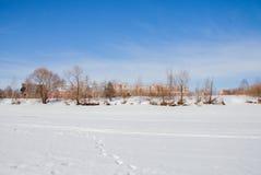Zimy miasta krajobraz z nowymi duża wysokość domami Fotografia Royalty Free